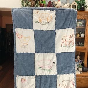 Other - Vintage Embroidered Animals Baby Quilt